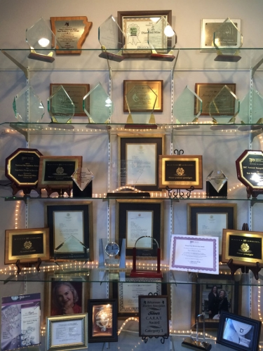 Faye's Diamond Mine Jeweler's Awards